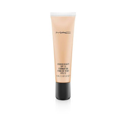 M.A.C Studio Sculpt SPF 15 Foundation - NC 30